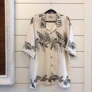 Men's Tommy Bahama short sleeved shirt